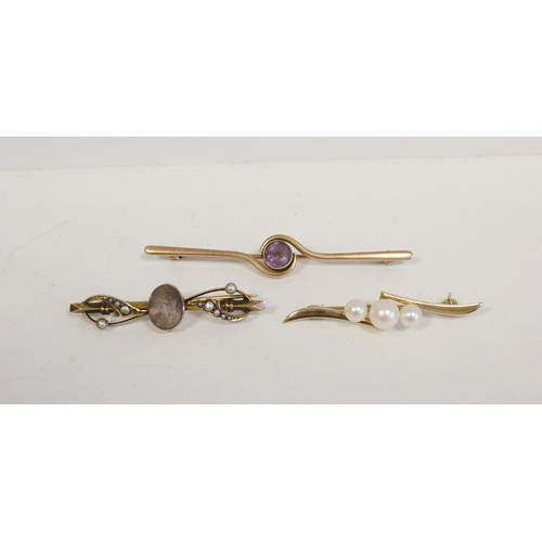 18 - Chinese silver bar brooch with opal heart and another five, various '9ct' gold, (6g)....
