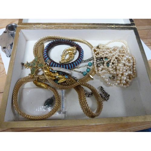51 - Collection of costume Jewellery to include simulated pearls, bangle and brooches