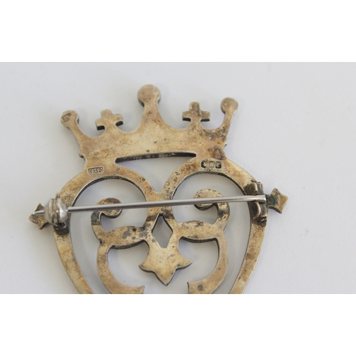 56 - Silver luckenbooth brooch and other various items...