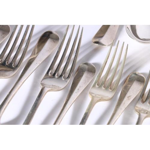 27 - George V silver suite of oar pattern flatware comprising soup ladle, 11 table forks, 12 dessert fork...
