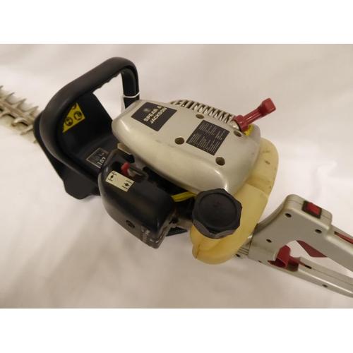 38 - Spear & Jackson petrol hedge trimmer