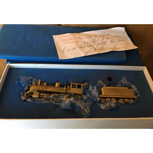40 - <p>Vintage Boxed ALCO Brass Model Train.</p> <p>This is a small model which in our opinion is in an ...
