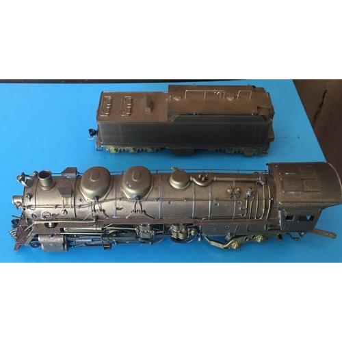 44 - <p>Vintage Boxed United Scale Models Sante Fe 2-8-4 Berkshire Brass Model Train.</p> <p>The model in...