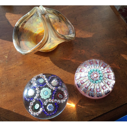 5 - <p>Perthshire Paperweight and Other.</p> <p>The cost of UK shipping for this Lot will be £7.</p> <p>...