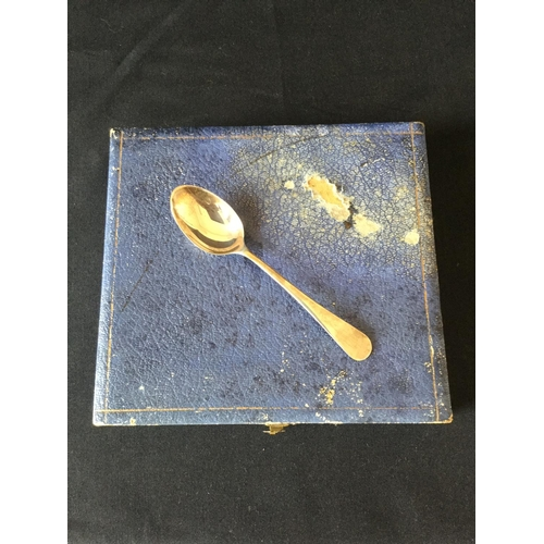 19 - Set of 6 925 silver spoons in a box. Birmingham hallmark 1936 weighing 67.5 grams...