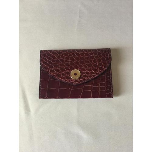 33 - Asprey of London Ladies change purse in Plum crocodile skin. Bar inside reads 167 New bond street - ...