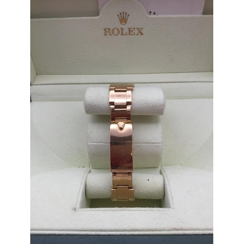 54 - 18 Carat Gold Rolex oyster perpetual watch - Serial W286696...