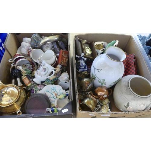 523 - Box - Pottery, Brassware etc.