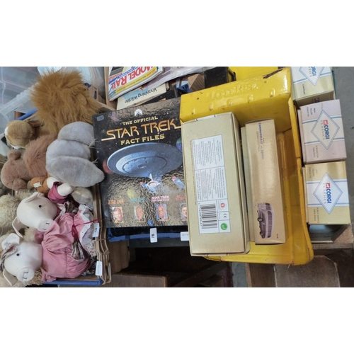 18 - A box of soft toys; Star Wars ephemera; Tonka Toy truck and boxed diecast vehicles...
