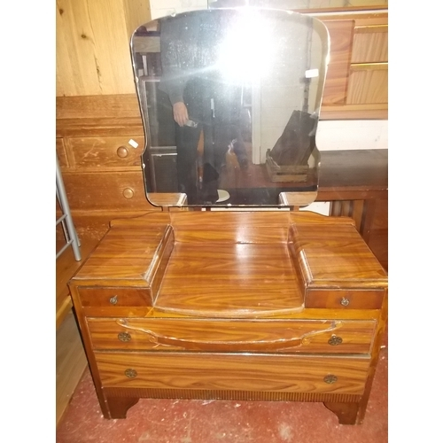 77 - Dressing Table...