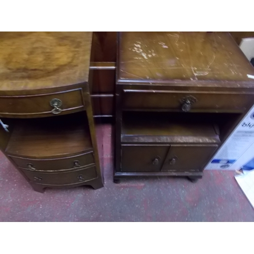 24 - 2 Good Quality Oak Bedside Cabinets...