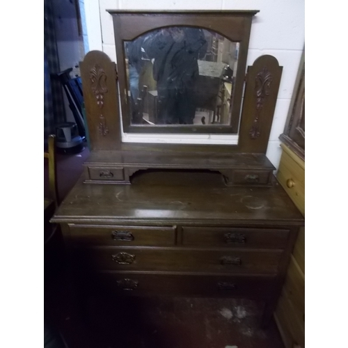 42 - Oak Arts And Crafts Dressing Table...
