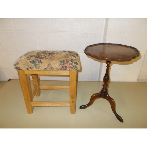 135 - Stool and Wine Table...