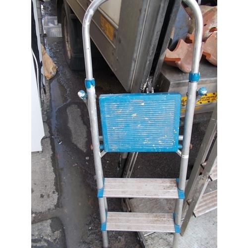 173 - Ladders...