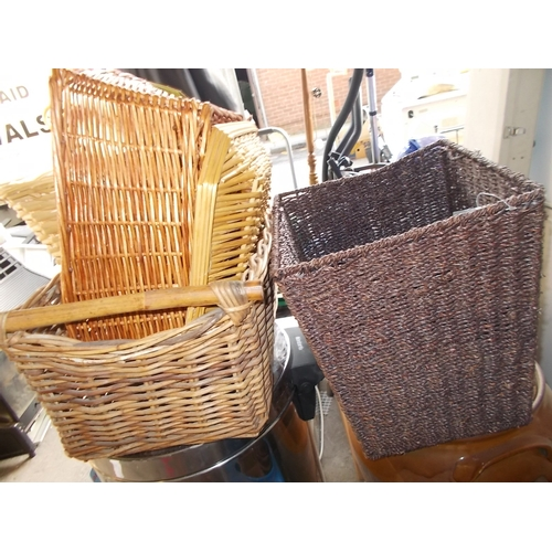 178 - Various Wicker baskets...