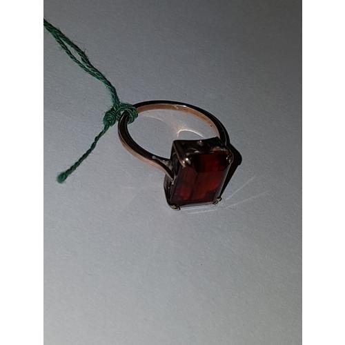 220 - 9ct Rose Gold and Oblong Garnet...