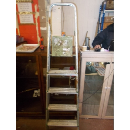 203 - Step Ladders...
