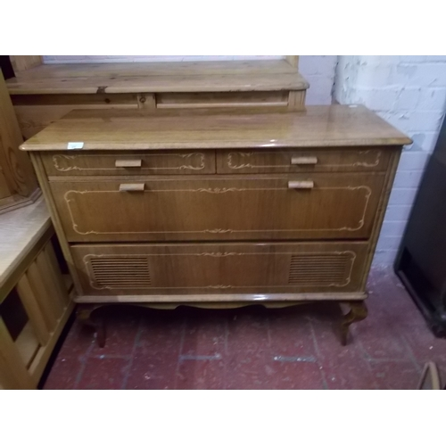 215 - Good Quality Radiogram Cabinet...