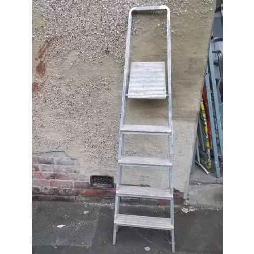 174 - Ladders...