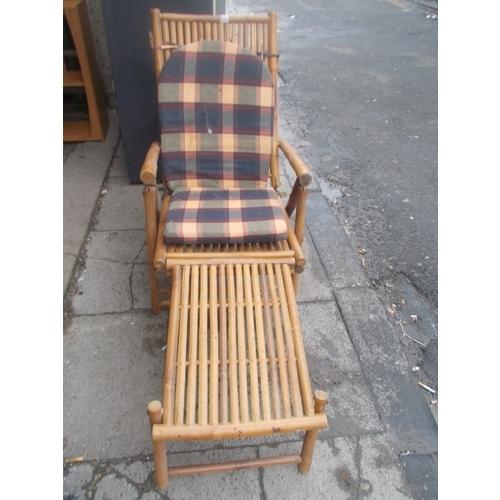 190 - Bamboo Lounger...
