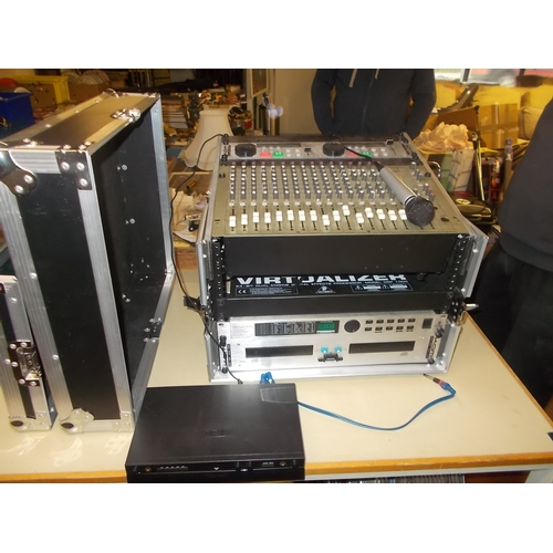 42 - Sound Mixer Kam KCD100 CG, Professional Karaoke System, Sound Voice Changer, Cabling and Microphones...