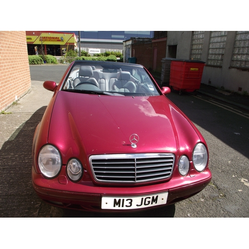 250a - Mercedes 320 Clk Convertible 80k Good Runner Service History from Boston Mercedes. Private Plate M13...