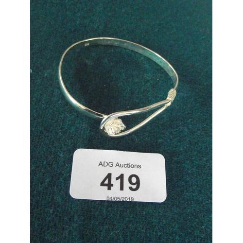 107 - 925 silver flower bangle...