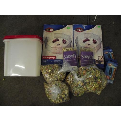 5 - 2 Hamster/guinea pig/rabbit enclosures+food ect....