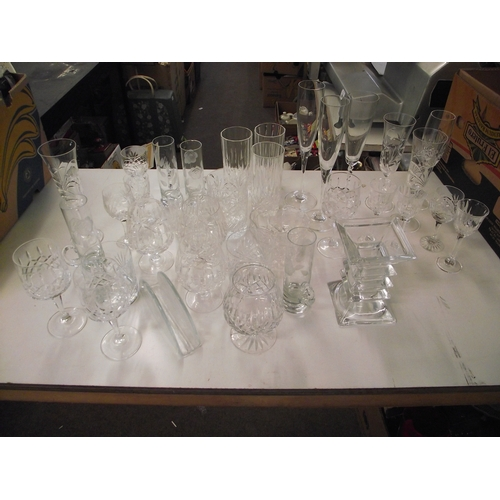 8 - Box assorted glass and crystal...