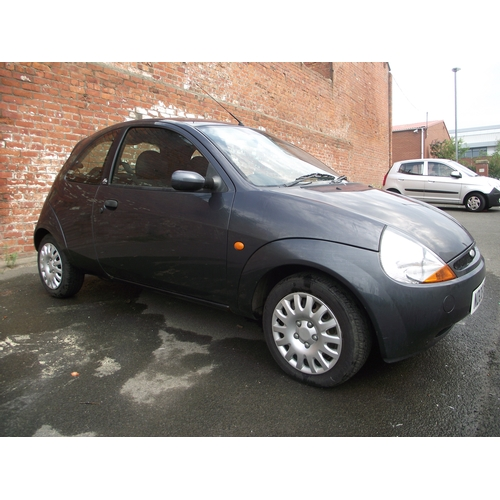 11 - Ford Ka Zetec Climate 1.3 l only 83k NDO8 ECE MOT May 2020 2 Former Keepers Drives very well. Clean ...