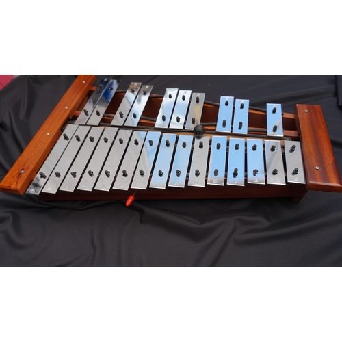 32 - Retro Glockenspiel with damper lever,superb tone....