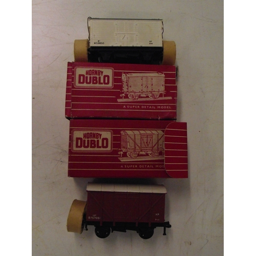898 - hornby duplo 4320 and 4325 both boxed in as new condition...