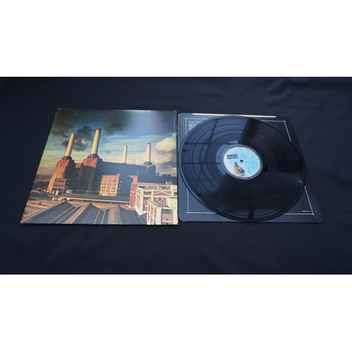 31 - Pink floyd Animals matrix SHVL 815 A 2U RA No bar code on the cover. Thick cardboard cover with the ...