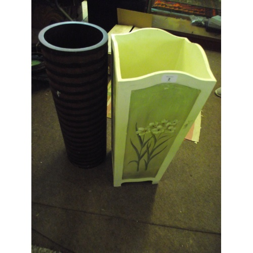 2 - Stick Stand and vase...