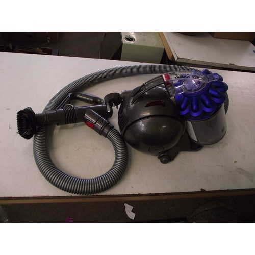 18 - Dyson hoover...