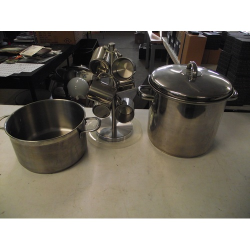 50 - Sabichi coffee can set and 2 pans...