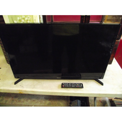4 - Samsung 32inch TV with remote fully working....