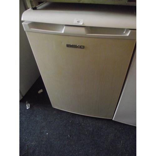 40 - Beko fridge...