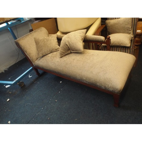 18 - very good quality oak framed chaise long superb condition...