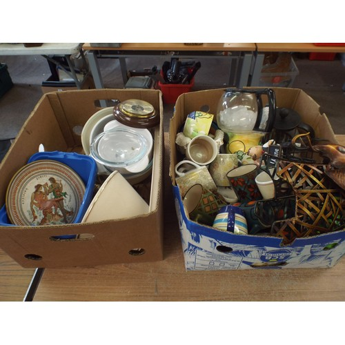 35 - 2 boxes of kitchenware, ceramics ect....