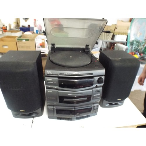 44 - Large retro Sanyo vinyl turntable and stereo system....