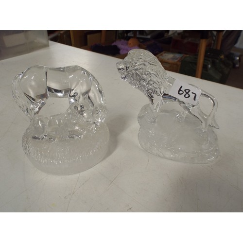 23 - Lion and crystal horse...