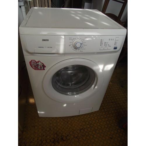 434 - Zanussi 6kg washer.