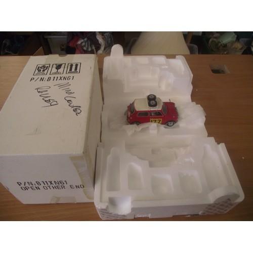 327 - Boxed franklin mint mini cooper rally