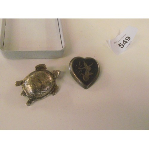 549 - Silver heart shaped siam brooch plus a very well made silver turtle brooch