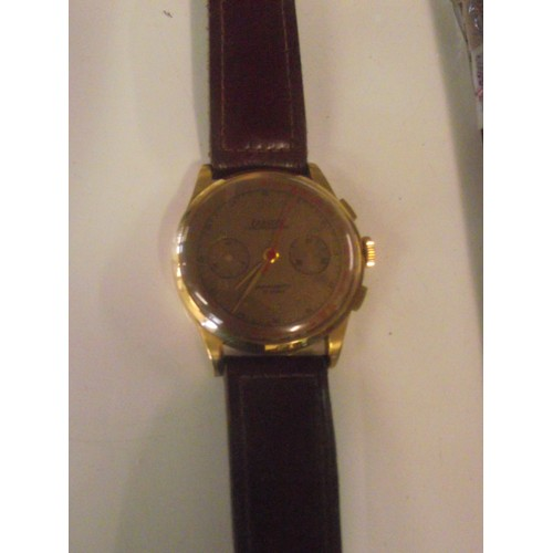 559 - Vintage 1950s - 60s Exactus 18ct gold chronograph wristwatch in box