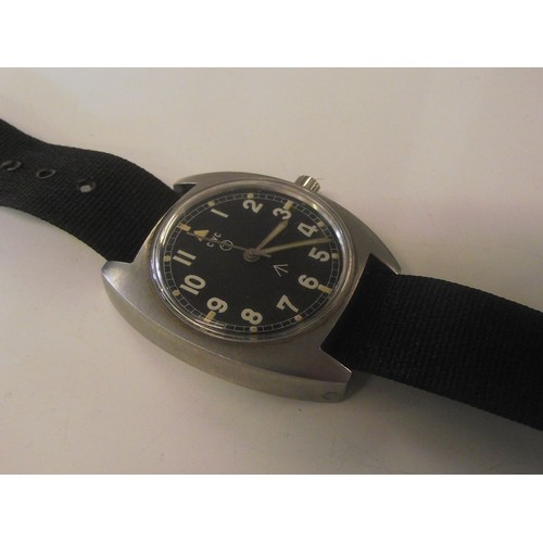 558 - Cwc watch Military issue (5 photo's) plus 2 others. no more photo's.