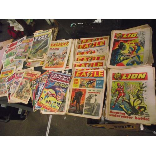 543 - Huge box of vintage comics inc Fantastic, Lion 1967-69, Dan Dare, Hotspur etc.