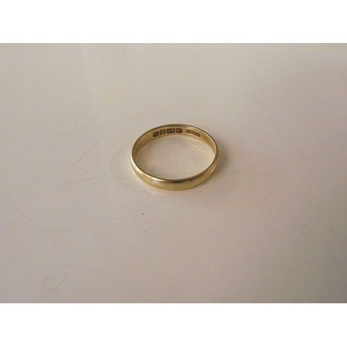 316 - 18 ct gold ring size n weight 2.03 g
