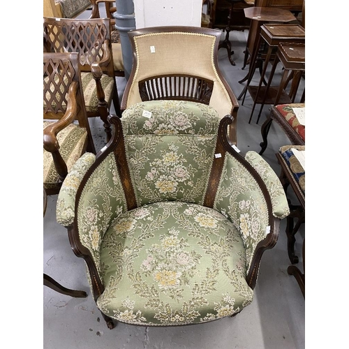 51 - Early 20th cent. Two Edwardian mahogany salon armchairs with upholstered back and sides, on tapered ...